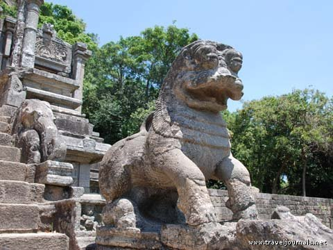 the famous yapahuwa lion,built in 12th century.