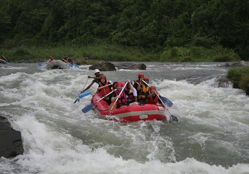 water rafting in river Kalani. [kithilgala].