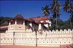sacred tooth relic temple in kandy Sri lanka