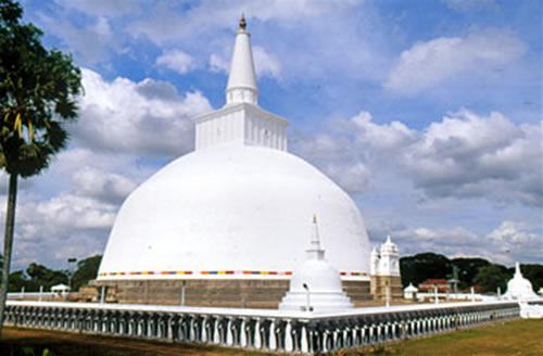ruwanweliseya dagoba.built in 2nd century B.C